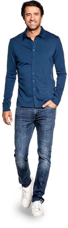 Overhemd voor mannen gemaakt van merinowol in het Helderblauw