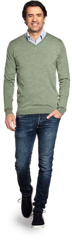 Groene V hals trui voor heren van 100% merinowol