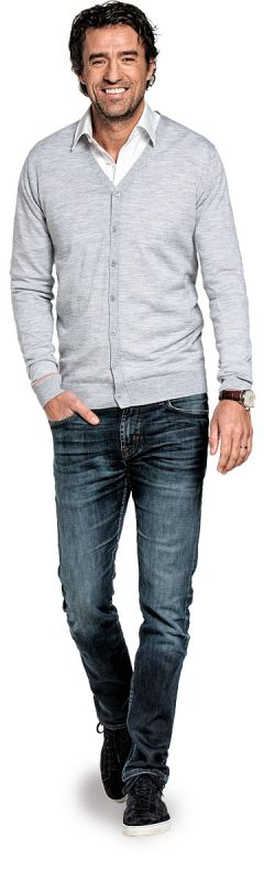 Cardigan for men made of Merino wool in Light grey
