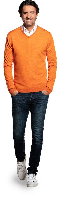 Oranje V-hals trui voor heren van 100% merinowol