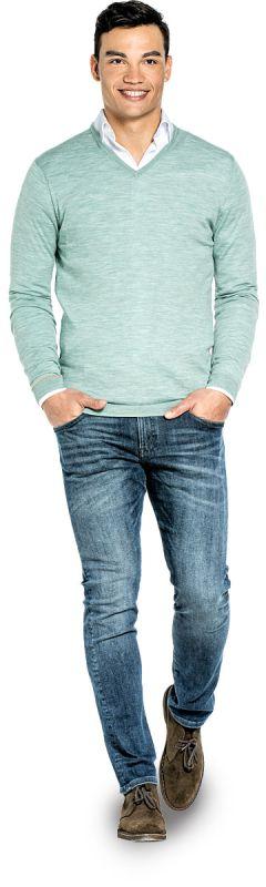 Extra long V Neck sweater for men made of Merino wool in Light green