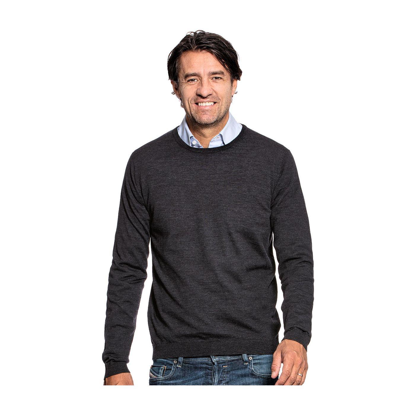 Crew neck sweater for men made of Merino wool in Dark grey