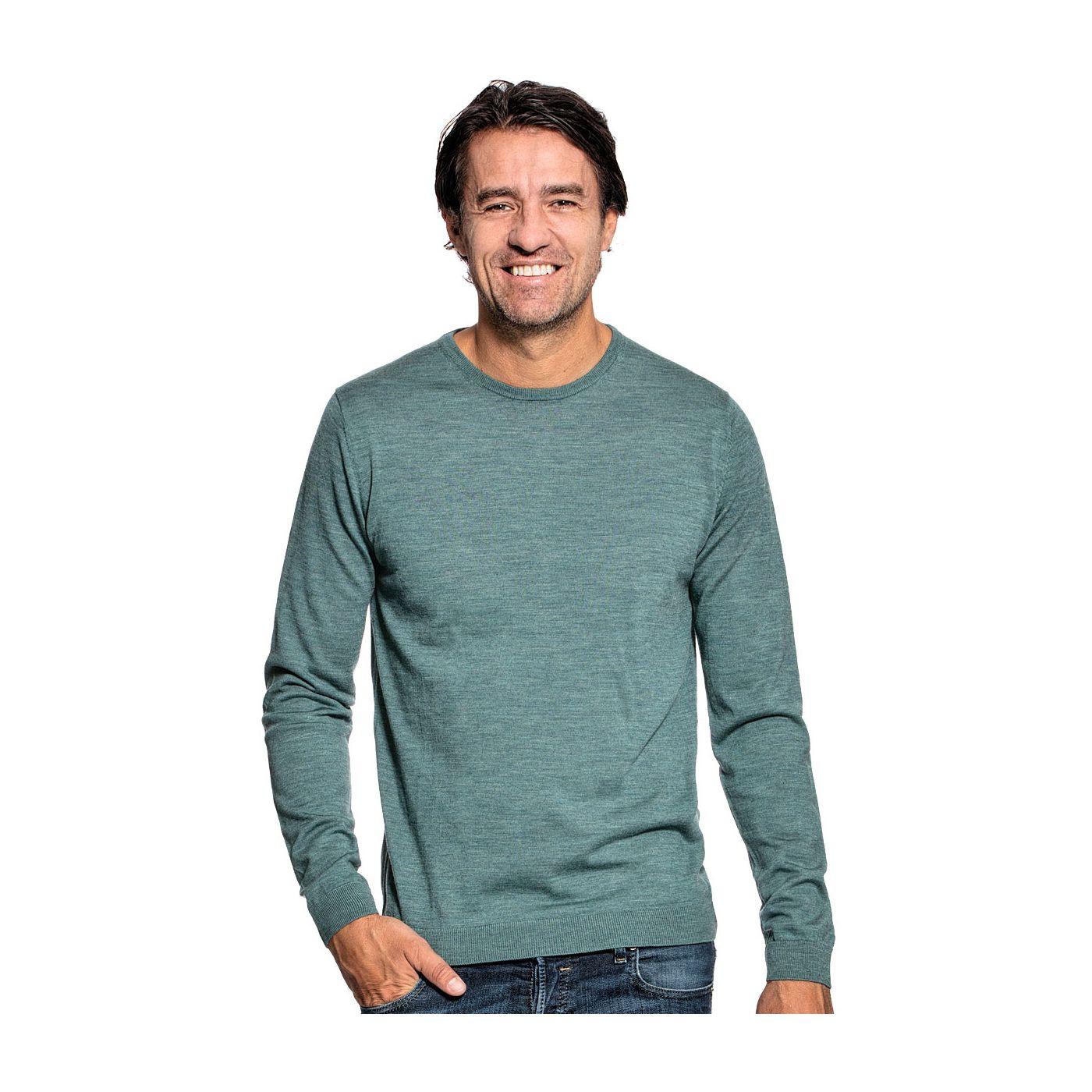 Ronde hals trui voor mannen gemaakt van merinowol in het Lichtgroen