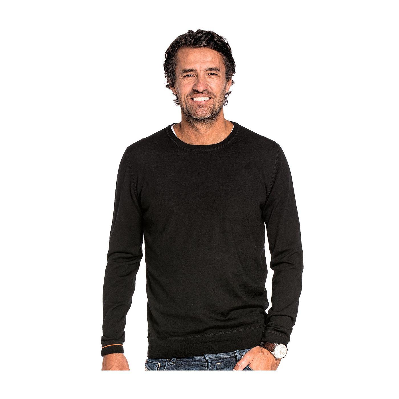 Ronde hals pullover voor mannen gemaakt van merinowol in het Zwart