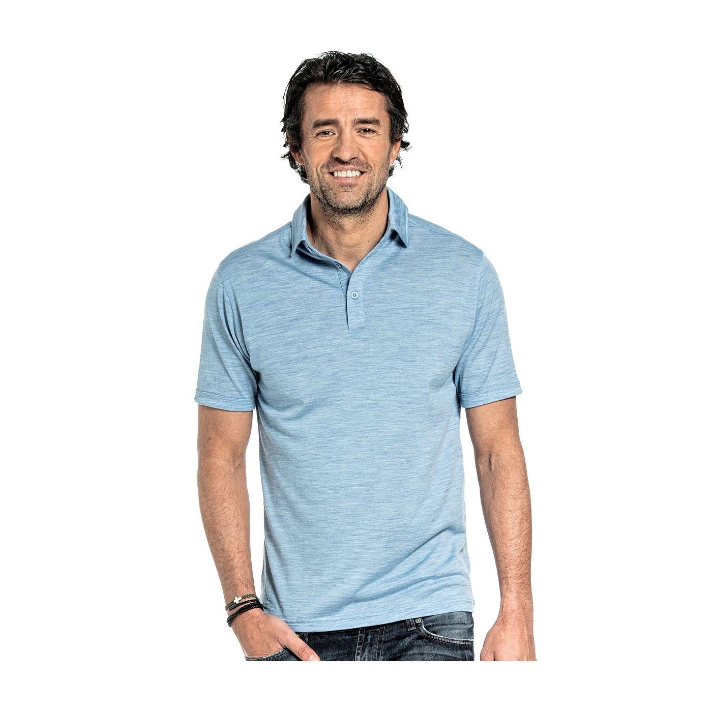 Poloshirt voor mannen gemaakt van merinowol in het Lichtblauw