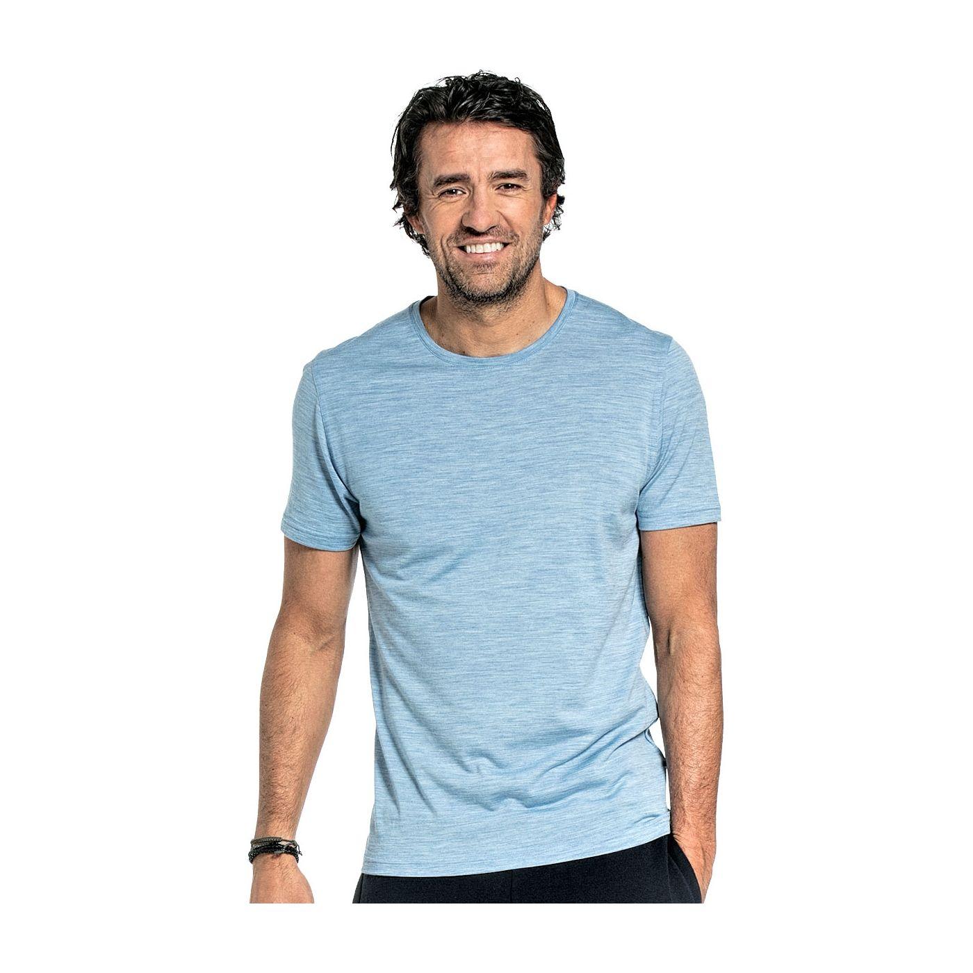 Shirt Round Neck voor mannen gemaakt van merinowol in het Lichtblauw