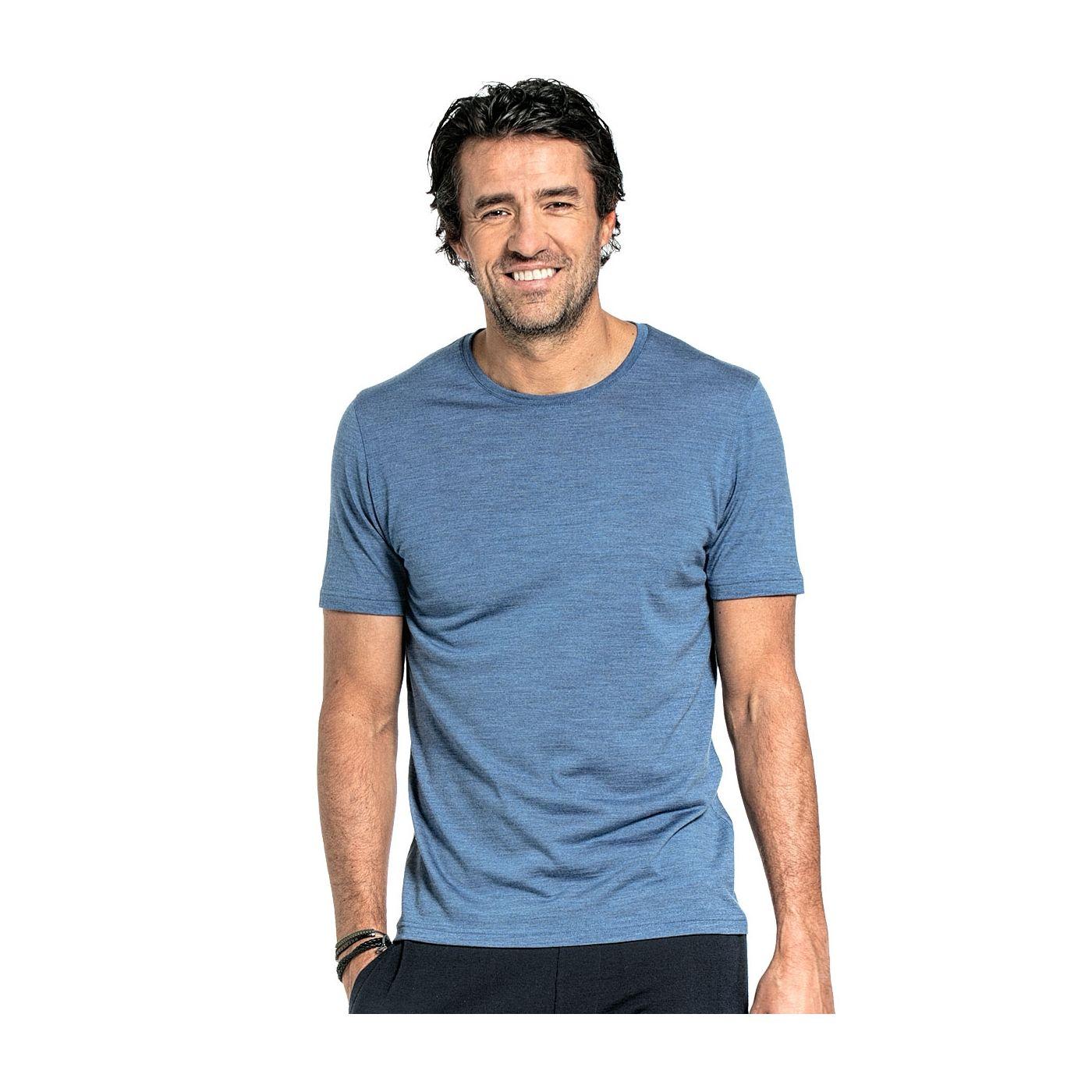 Shirt Round Neck voor mannen gemaakt van merinowol in het Helderblauw