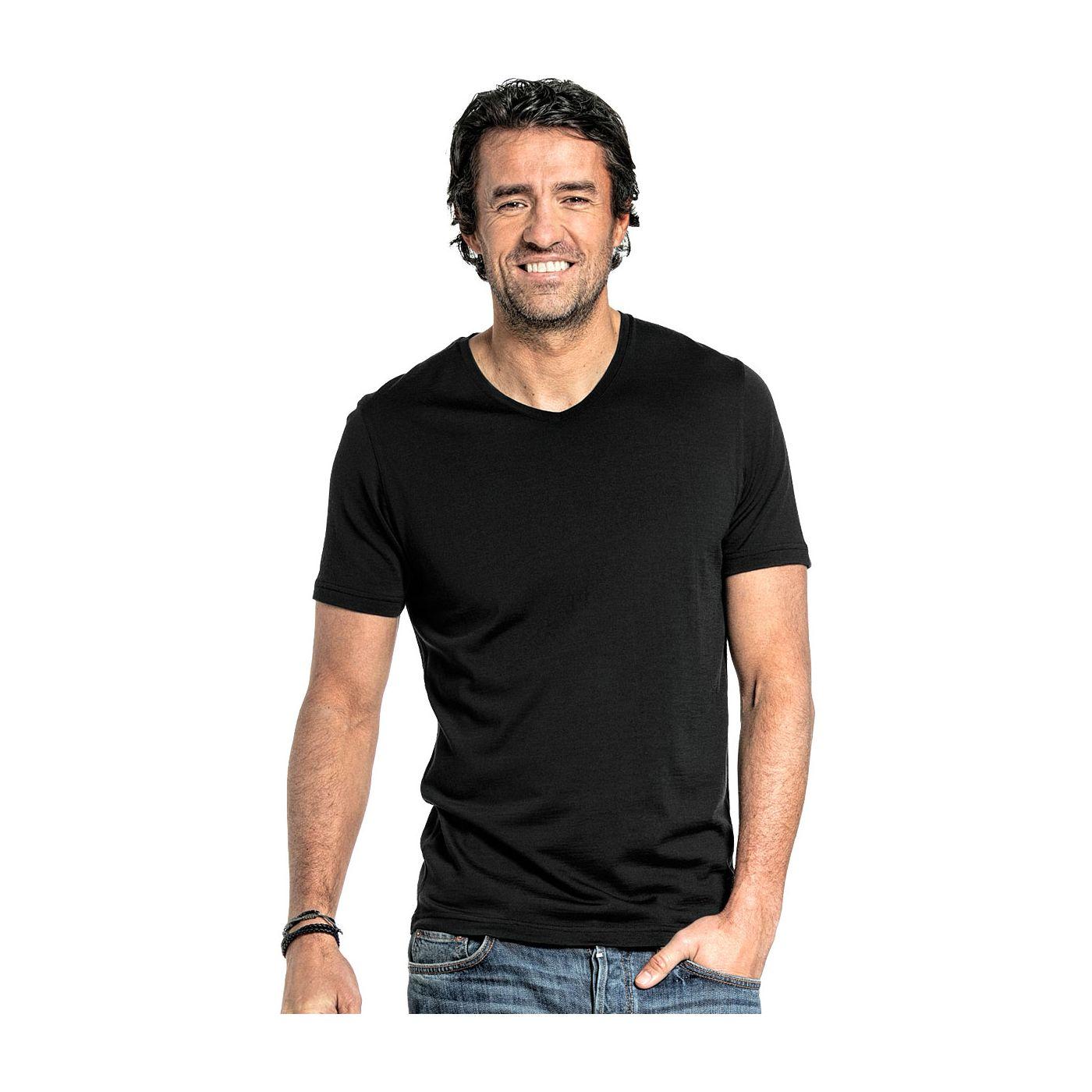 V Neck T-shirt for men made of Merino wool in Black