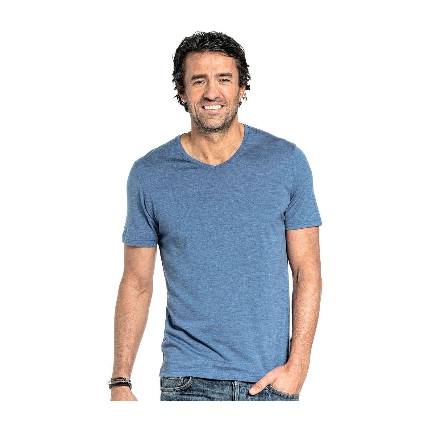 Shirt V-neck voor mannen gemaakt van merinowol in het Helderblauw