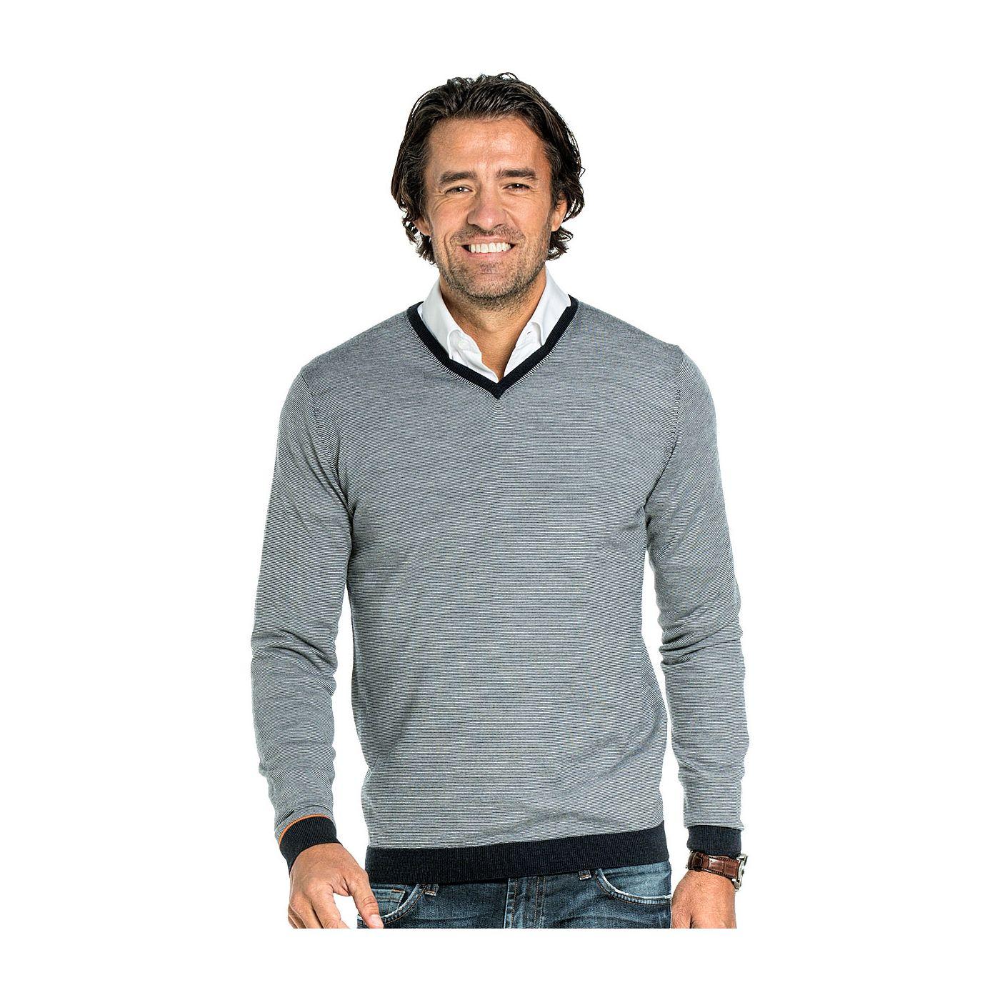 V-Neck sweater for men made of Merino wool in Dark blue