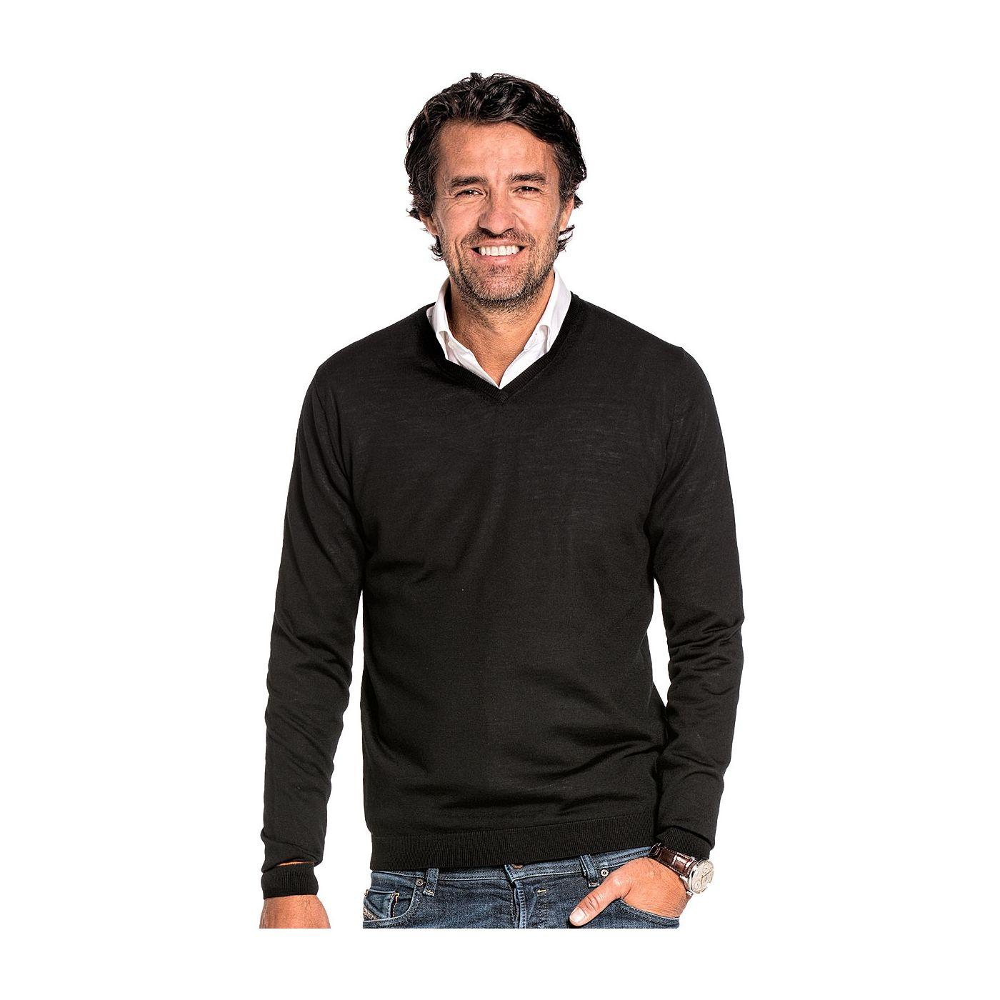V hals trui voor mannen gemaakt van merinowol in het Zwart