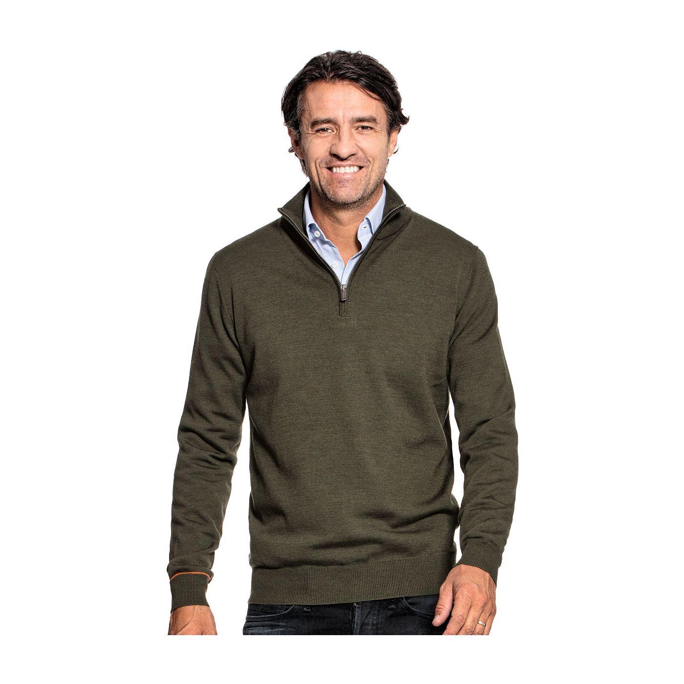 Half zip sweater for men made of Merino wool in Green